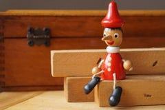 Кукла Pinocchio деревянная Стоковое фото RF