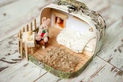 Кукольный домик с кроликом стоковое изображение