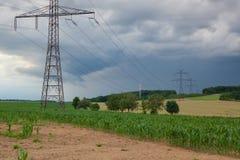 Кукурузное поле перед тяжелым штормом Стоковые Изображения