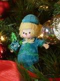 Кукла и оформление рождества в tree1 Стоковое Изображение RF