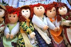 Куклы в магазине с сувенирами в Корфу Стоковая Фотография