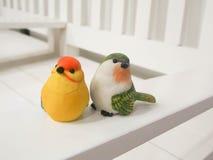 Куклы птицы сделанные из штукатурки Стоковое Изображение RF