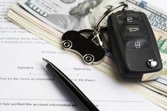 Купите или продайте автомобиль, купите или арендуйте обслуживание автомобиля с wi ключа Стоковое фото RF