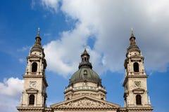 Купол базилики St. Стефан и башни колокола Стоковое Изображение