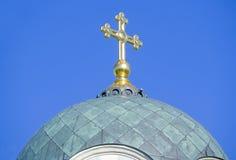 Купол церков с крестом Стоковая Фотография