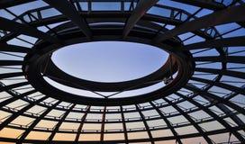 Купол Reichstag в berlin стоковые изображения rf