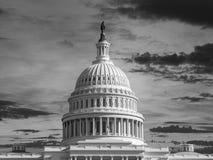 Купол капитолия Соединенных Штатов черно-белый стоковая фотография rf