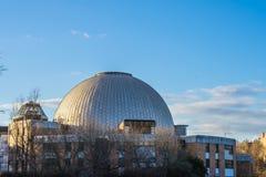 Купол обсерватории во время захода солнца Стоковое Изображение