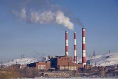курить фабрики печных труб Стоковые Фотографии RF