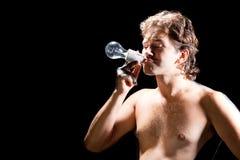 курить человека светильника электрической потехи красивый Стоковые Фотографии RF