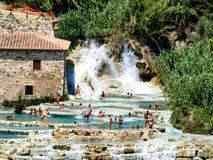 Курорт Saturnia естественный горячий в Тоскане, Италии Стоковые Изображения