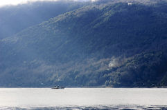 Курсировать озером стоковые фотографии rf