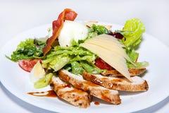 Курсы закусок, салатов, первого и второго, суп стоковая фотография rf
