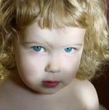 курчавая девушка меньший портрет Стоковая Фотография RF