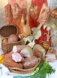 курят мясные продукты, котор Стоковая Фотография