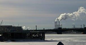 Куря камины в Санкт-Петербурге в зиме акции видеоматериалы