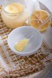 Курд лимона с ложкой Стоковая Фотография RF