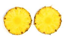 2 куска ананаса изолированного на белой предпосылке Взгляд сверху Плоское положение Стоковые Фото