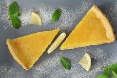 2 куска пирога творога лимона Стоковое Изображение