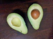куски авокадоа Стоковая Фотография