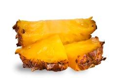 Куски ананаса на белизне Стоковые Изображения RF