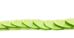 Куски зеленого лимона стоковые фото