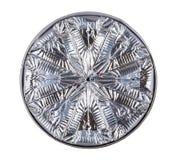 Куски расплавленного сыра в алюминиевой фольге изолированной на белизне Стоковая Фотография