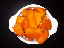 Куски тыквы с сахаром, испеченные в печи Стоковые Изображения RF