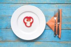 Кусок болгарского перца на плите, dieting Стоковое фото RF
