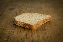 Кусок здравицы хлеба Стоковое Изображение RF