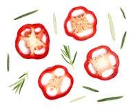 Кусок изолированных красного перца и розмаринового масла Взгляд сверху, изолированная предпосылка еды Стоковое Изображение