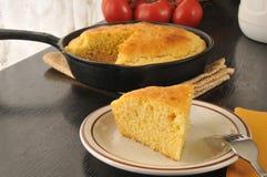 Кусок маисового хлеба Стоковая Фотография RF