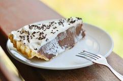 Кусок пирога на таблице Стоковая Фотография