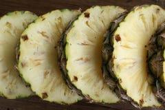 Кусок свежего ананаса Стоковое Изображение