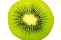 Кусок свежего плодоовощ кивиа изолированного на белизне Стоковые Фотографии RF