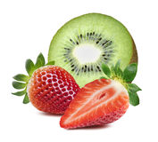 Кусок ягоды клубники кивиа половинный изолированный на белой предпосылке Стоковая Фотография