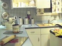 кухня бирюзы ретро с инструментами стоковое изображение rf