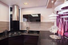 Кухня в современном стиле Стоковая Фотография RF