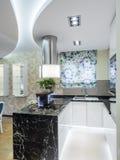 Кухня квартиры Стоковое Фото