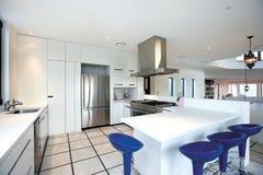 Кухня, который нужно УМЕРЕТЬ для!! стоковое фото