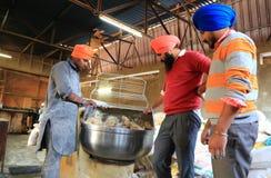 Кухня мира самая большая свободная Harmandir Sahib (золотой висок) Стоковое Фото