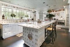 кухня острова конструкции Стоковое фото RF