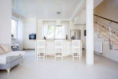 кухня открытая стоковое изображение