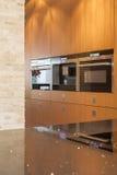 Кухня с много приборов Стоковое фото RF