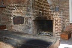 Кухня форта имела самое последнее в домашней кухне, включая большую печь стоковое изображение