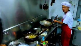 Кухня ` s ресторана, Chaung Tha, Мьянма акции видеоматериалы