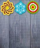 Кухонные рукавички цветка Knit. Стоковые Фото
