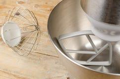 Кухонный комбайн с аксессуарами Стоковые Фото