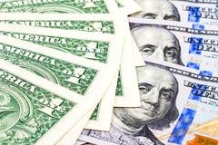 Куча американских долларовых банкнот Стоковые Изображения RF