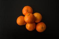 Куча 6 апельсинов Клементина, сверху Стоковая Фотография